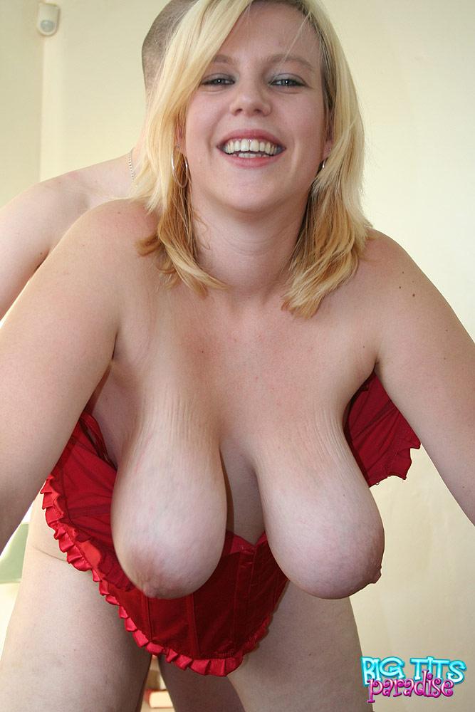 Big tits in small bra